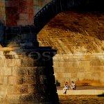 Pod mostními oblouky, foto: Leoš Drahota