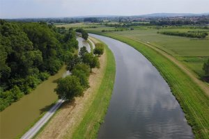 Batuv kanal dron
