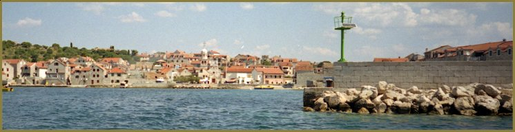 Ostrovní vesnička