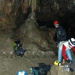 Nutná úprava po překonání jezírka v Amatérské jeskyni