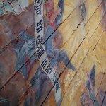 dřevěná malovaná klenba stropu