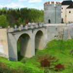 hrad Český Šternberk od jižního hřebene