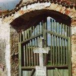 vstupní brána hřbitova