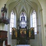 presbytář kostela sv. Barbory v Adamově