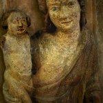 devoční dřevěná plastika madony ze 70. let 14. století z moravského Klášterce