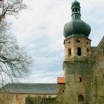 Pivoňský klášter