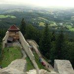 Výhled z věže hradu Kašperk