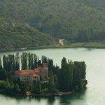 Františkánský klášter na ostrově Visovac - Krka