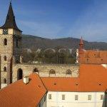 Pohled z věže na areál kláštera