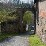 Ratajská brána u hradu Pirkštejn
